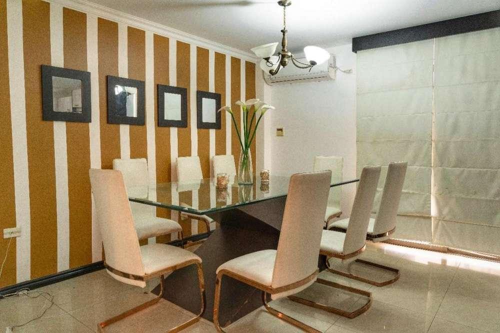 Villa amoblada en alquiler Fuentes del Río 3 dormitorios