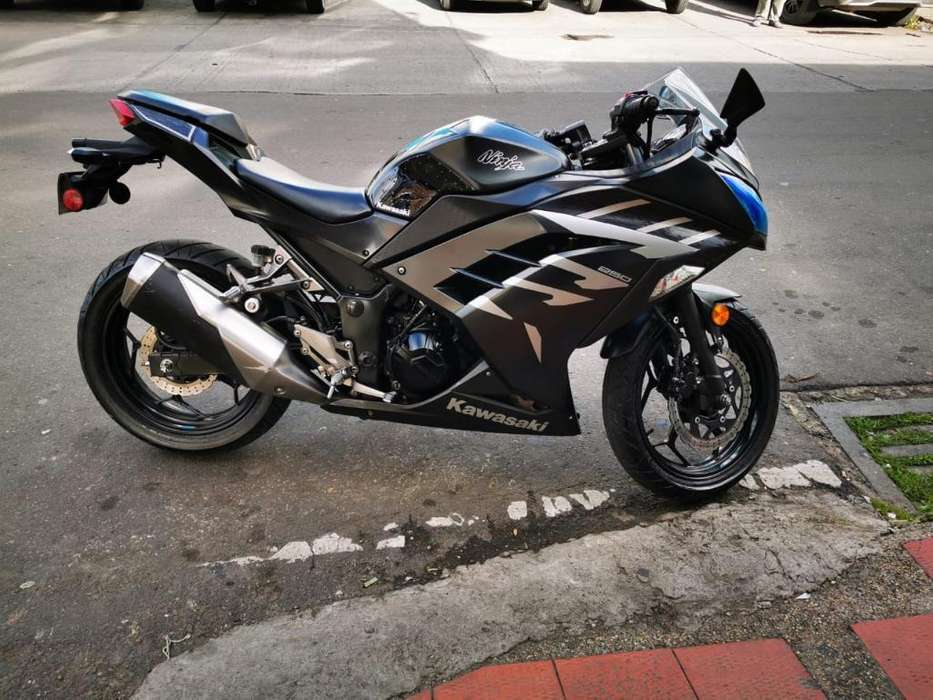 <strong>kawasaki</strong> Ninja 250r