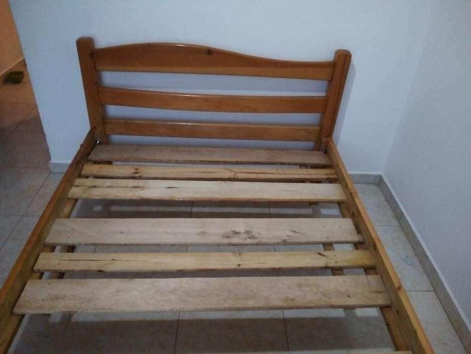 <strong>cama</strong> Semidoble Madera