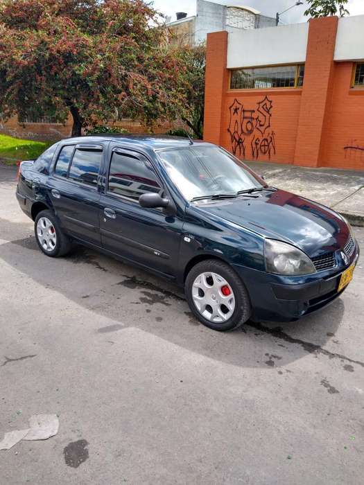 Renault Symbol 2006 - 141000 km
