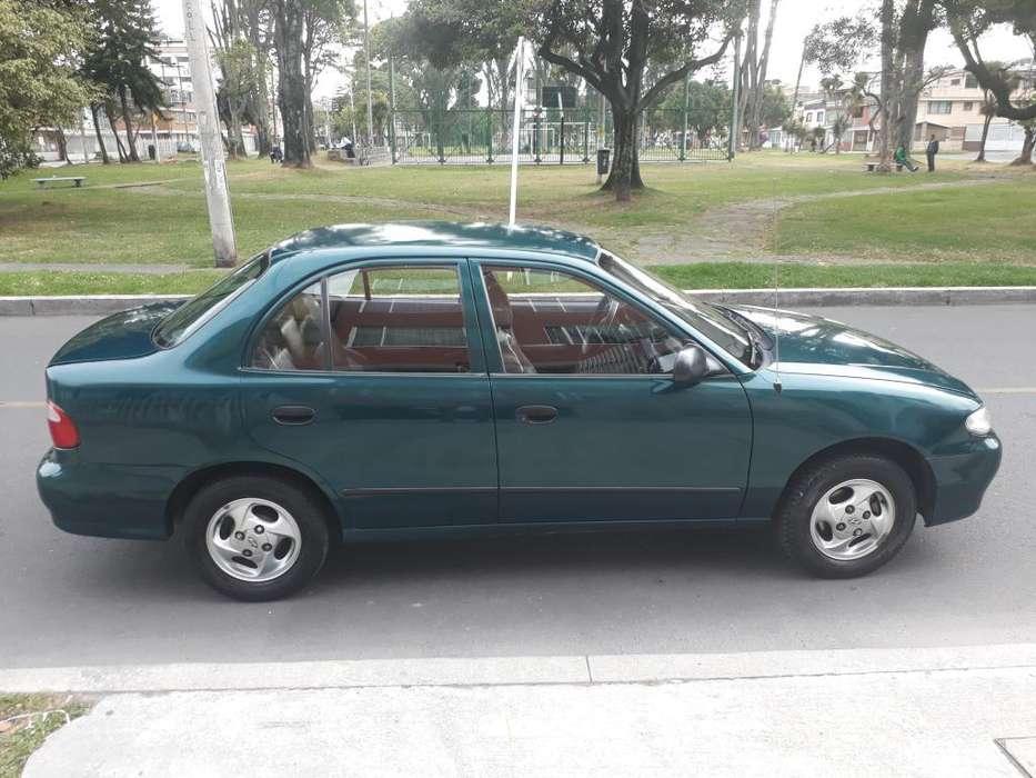 Hyundai Accent 1999 - 12000 km