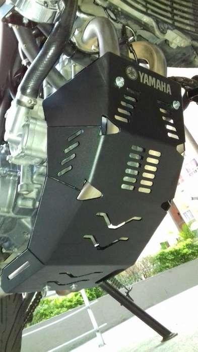 Pechera Protector Exostos Yamaha Xt 660