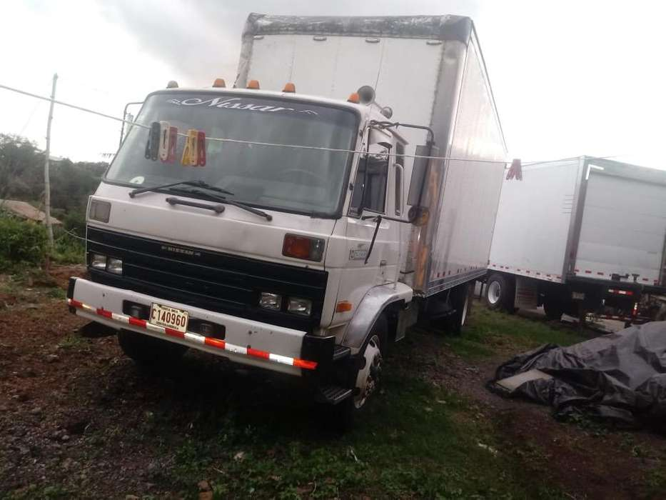 Camion Ud