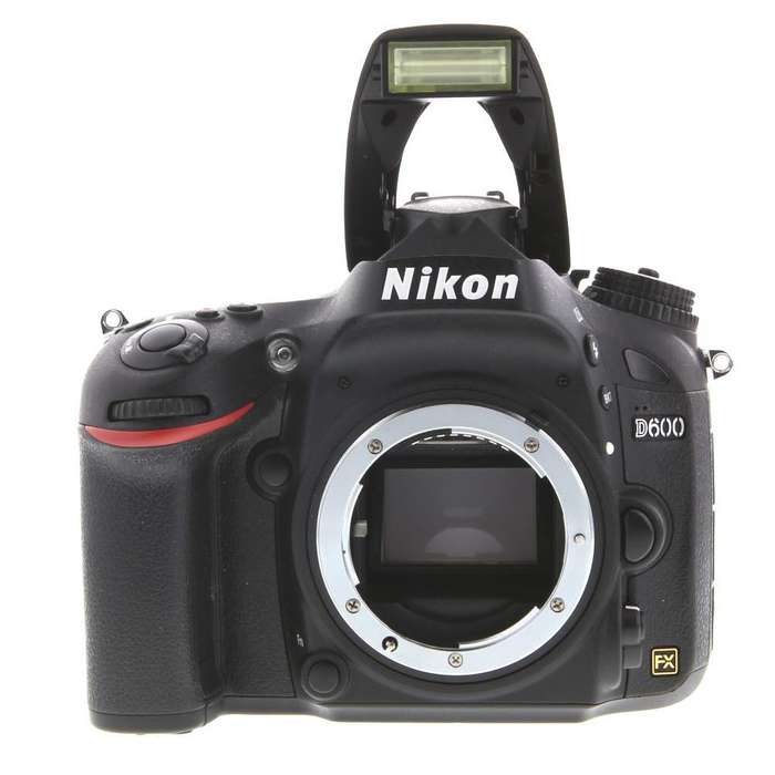 Cámara digital Nikon Full Frame D600 24mpx