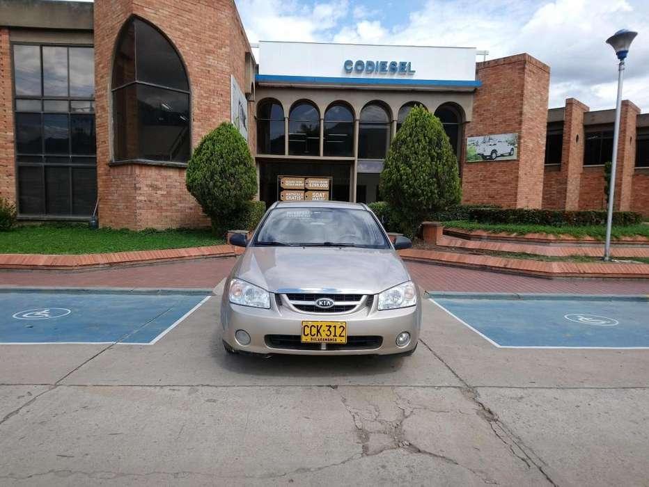Kia Cerato  2006 - 78000 km