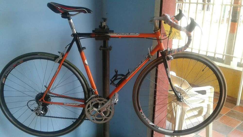 Vdo Bici de Ruta Bici en Buen Estado