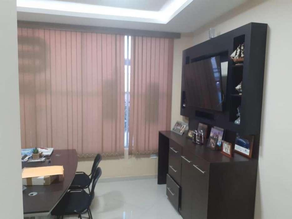 Se alquila oficina en Avenida Flavio Reyes