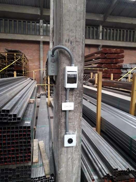 Instalacion de circuitos eléctricos de media y baja tensión
