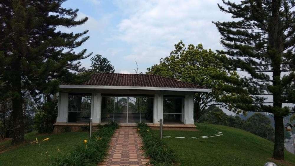COD 0702 Venta casa campestre en el Poblado