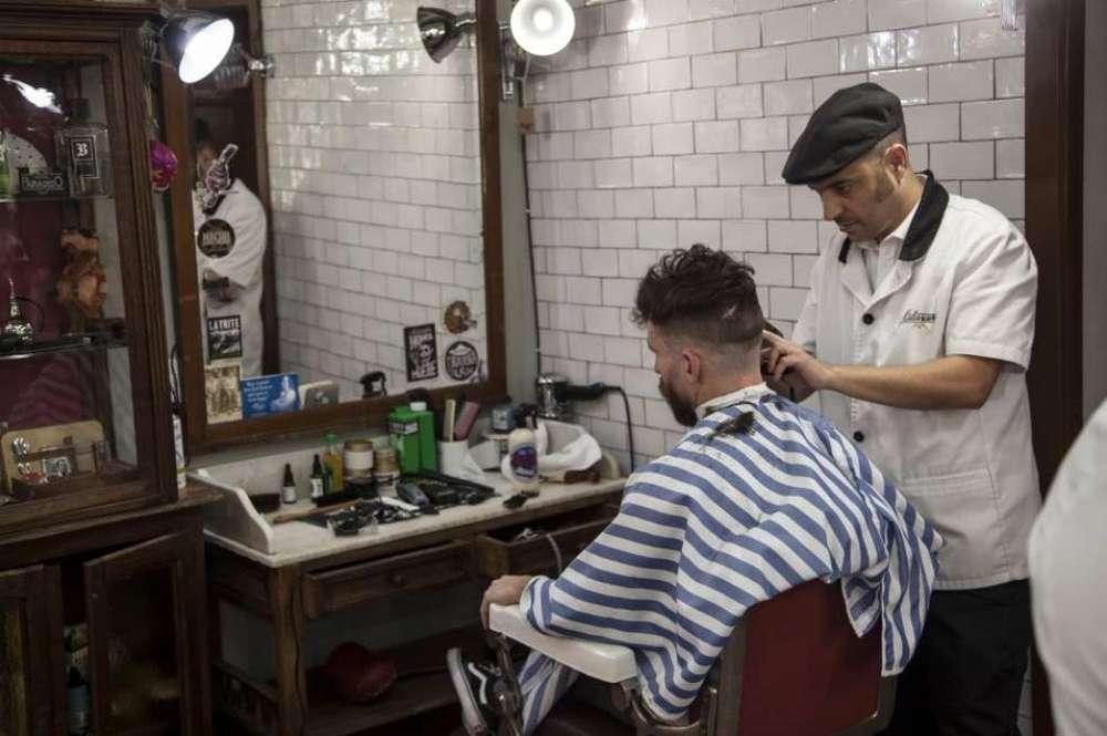 Necesito Barbero con Experiencia Urgente