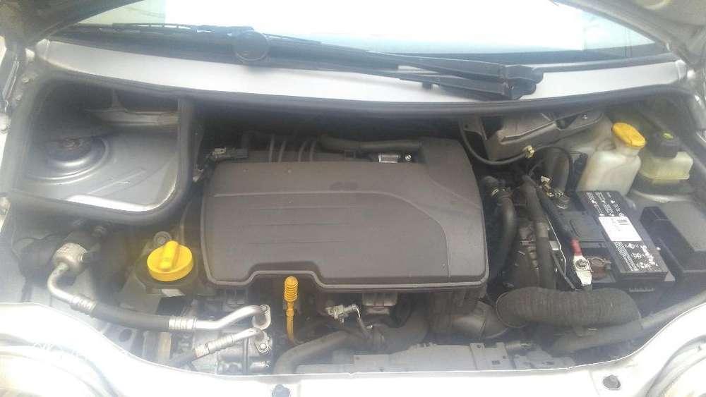 Renault Twingo 2011 - 79300 km