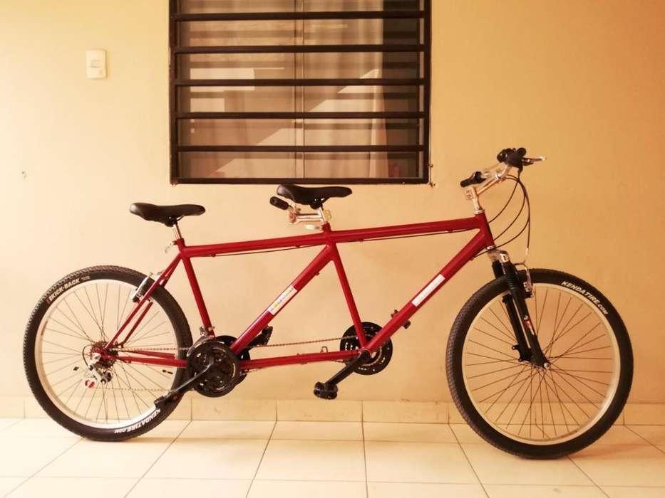 Bicicleta Tándem