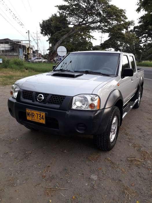 Nissan Frontier 2012 - 85000 km