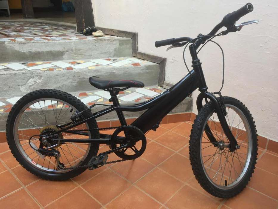 MTB <strong>bicicleta</strong> Marca GT para niño/a, 7 cambios