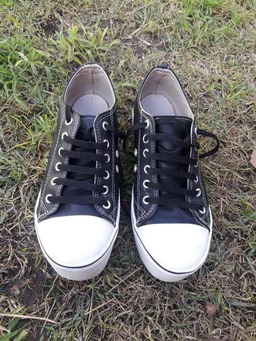 734ab5b5c Venta de zapatillas al mejor precio  Ropa y Calzado en Argentina