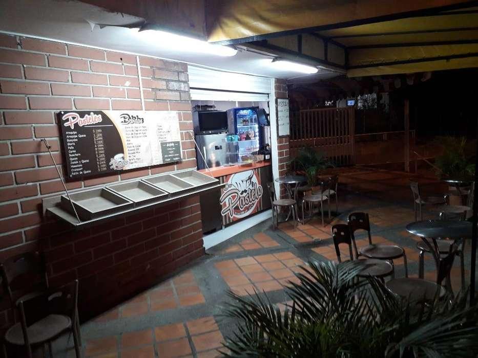 Pastelería Y Cafetería en Mall Comercial