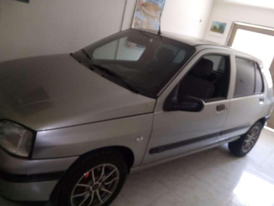 Renault Clio  1997 - 100000 km