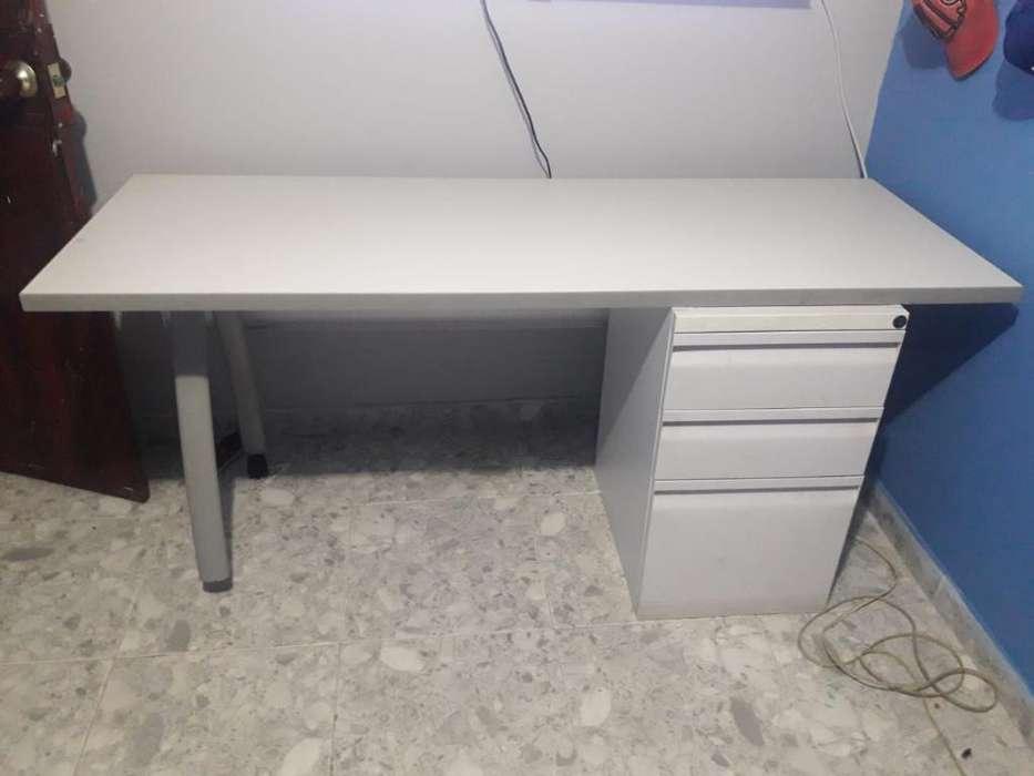 <strong>escritorio</strong> con Archivador