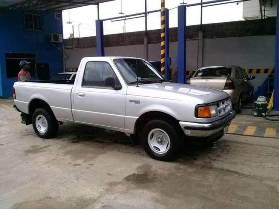 Ford Otro 2005 - 250000 km