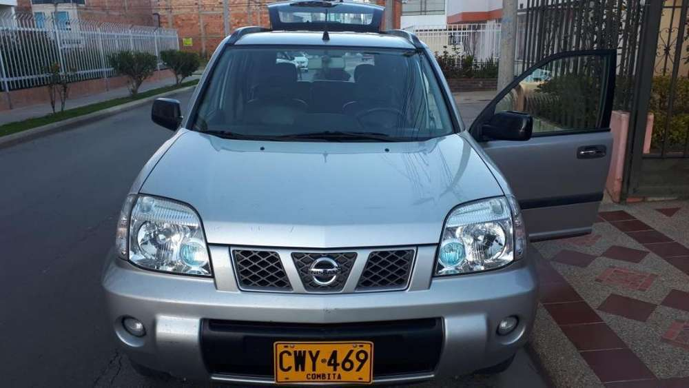 Nissan X-Trail 2012 - 65000 km