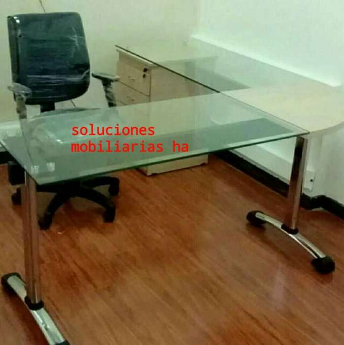 <strong>escritorio</strong>s en Vidrio