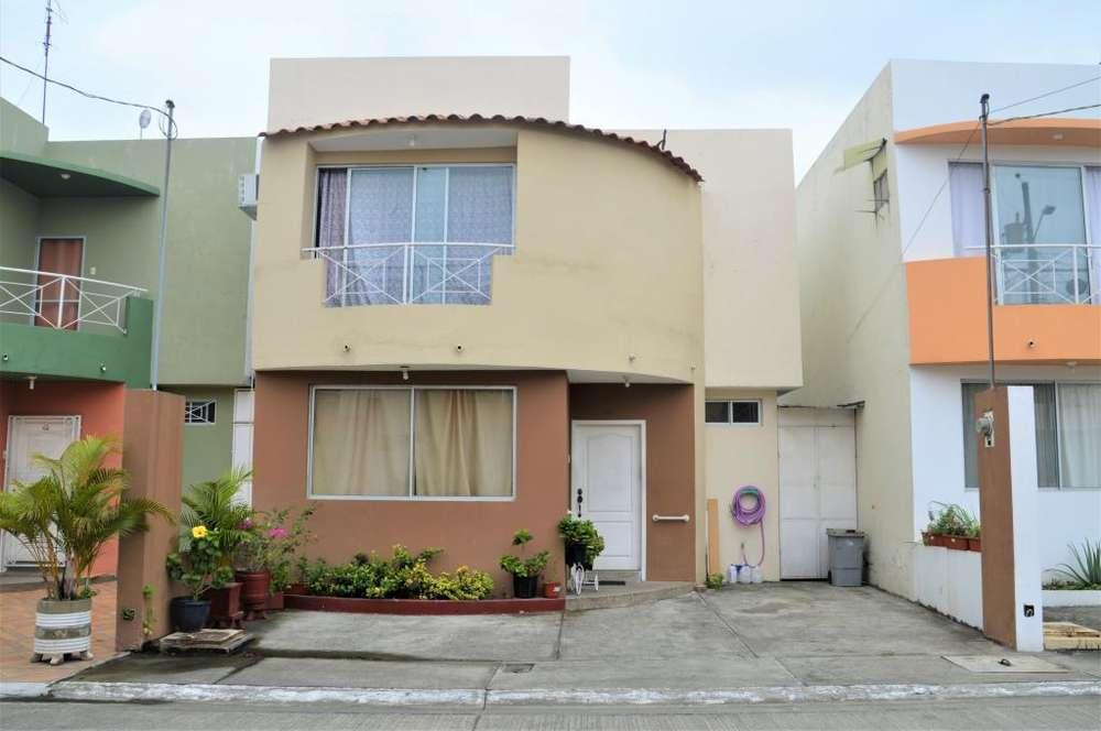 Casa en Venta en Urb. Santorini, Norte de Guayaquil