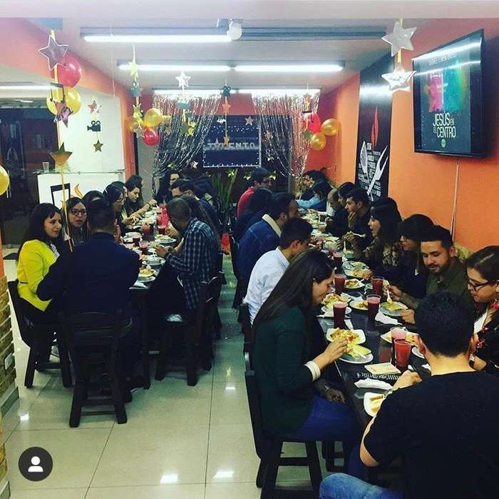 VENTA de restaurante gourmet julio parrilla acreditado montaje completo y nuevo excelente inversion y ubicacion