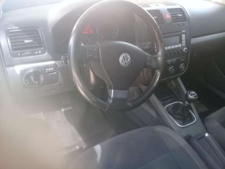 Volkswagen Vento Variant 2009 - 120000 km