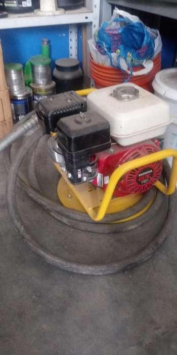 Vibrador de Concreto Marca Honda