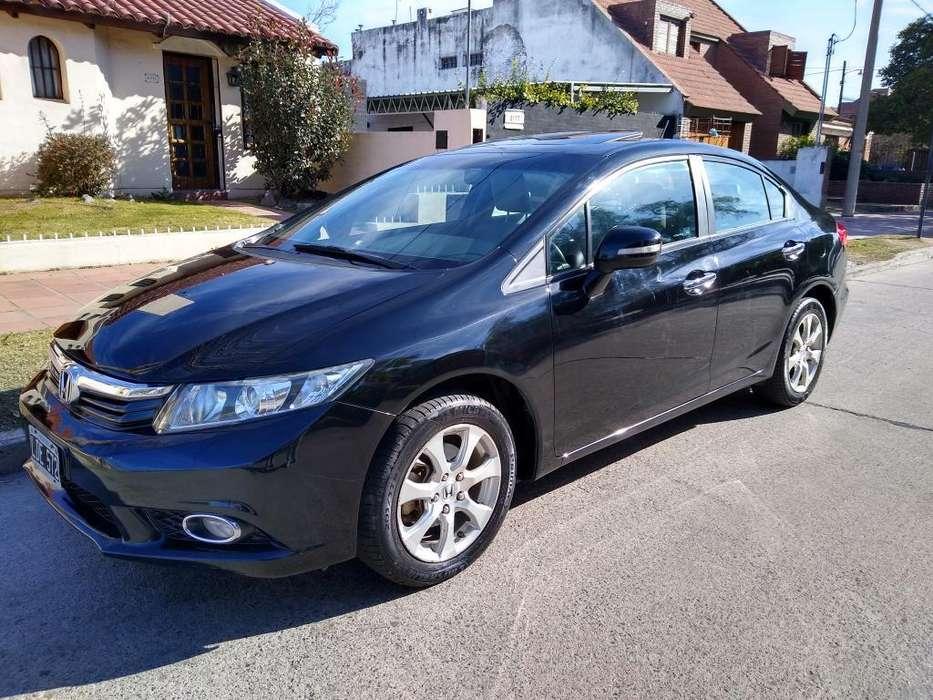 Honda Civic 2012 - 100000 km