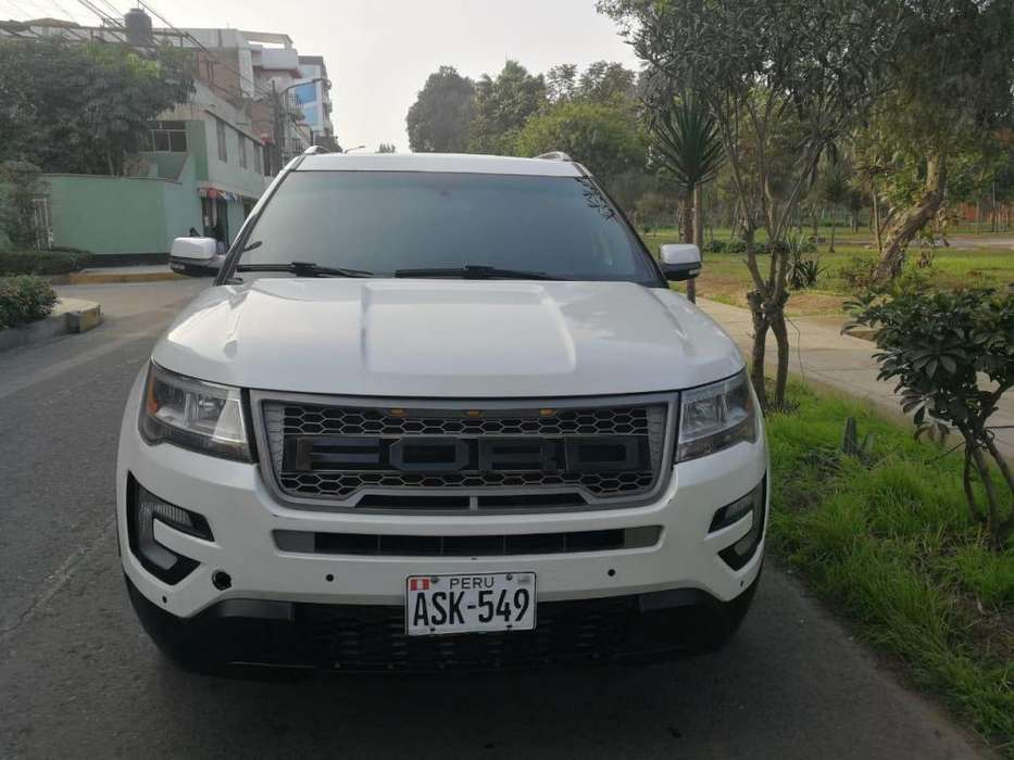 Ford Explorer 2016 - 26600 km
