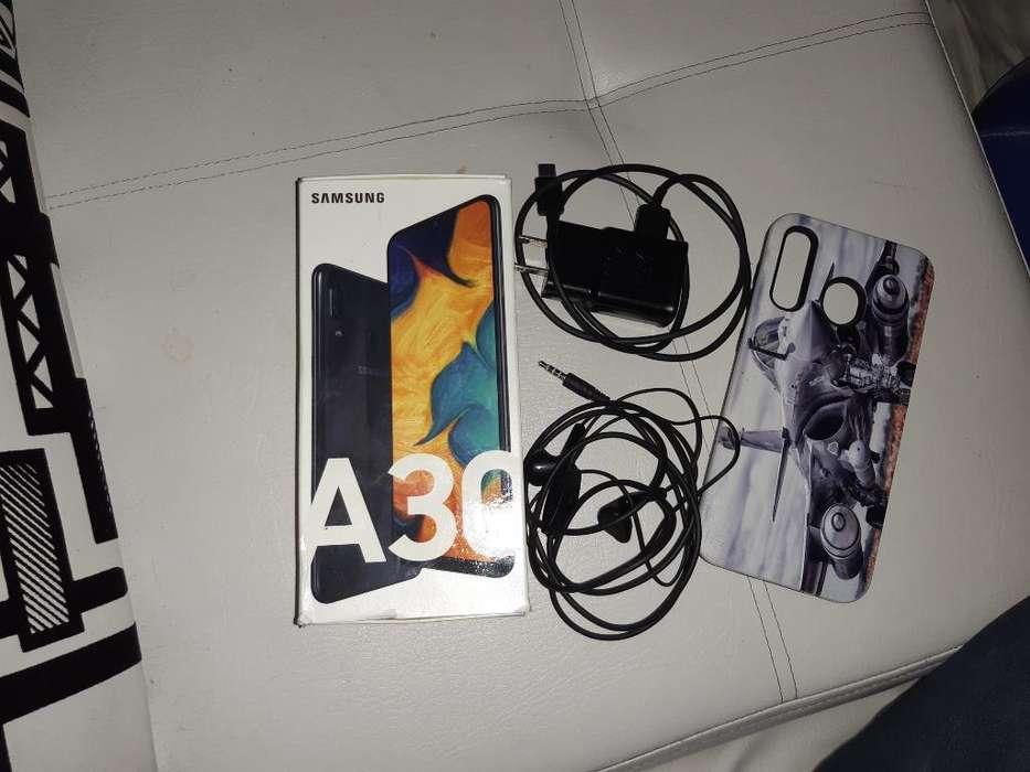 Vendo Samsug A30