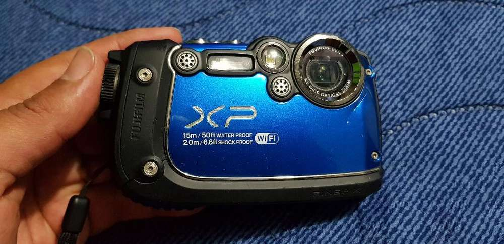 Camara Acuatica Fujifilm Xp200