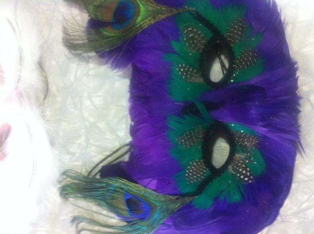 Mascara de Plumas naturales