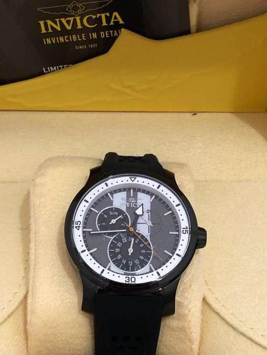 Reloj Invicta Hombre 27124