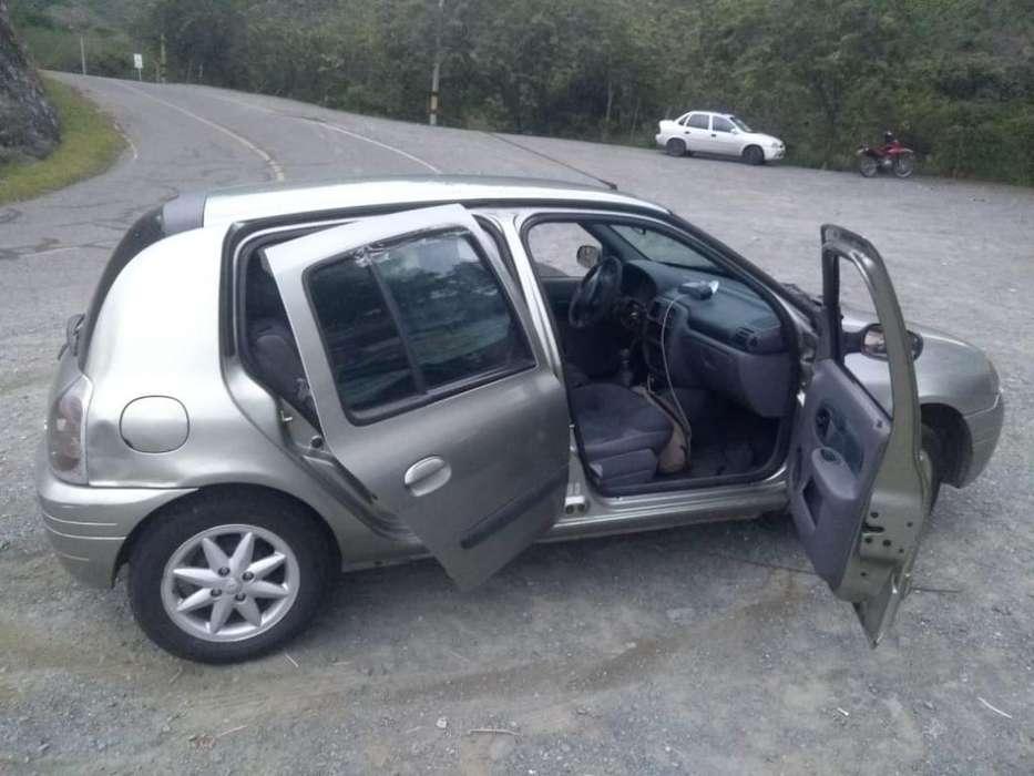 Renault Clio  2002 - 188000 km