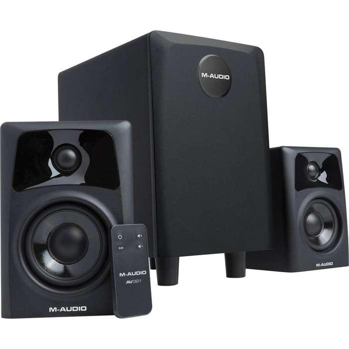 M-Audio AV32.1 - Pareja de Altavoces Monitores Activos de Sobremesa Compactos con Subwoofer