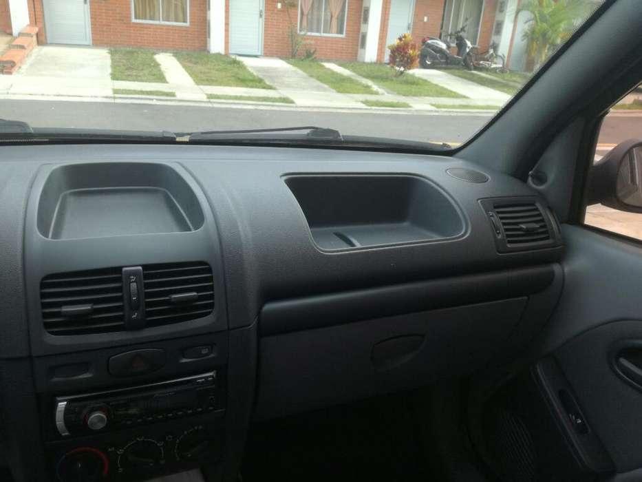 Renault Clio  2008 - 99000 km