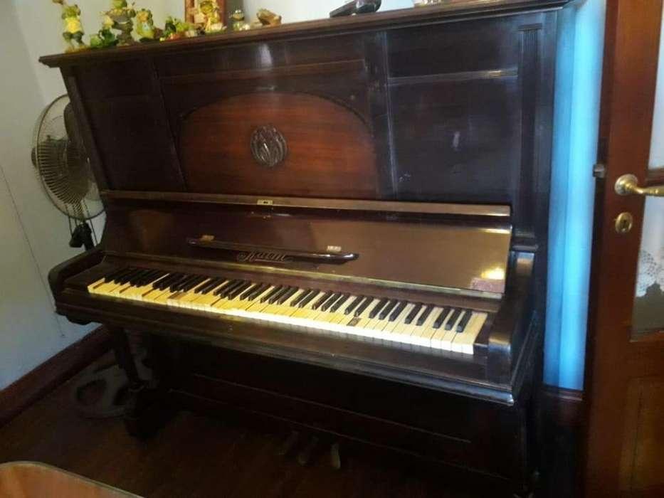 Piano Kaim De Concierto Doble