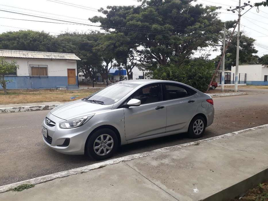 Hyundai Accent 2012 - 125000 km