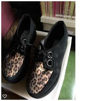 Zapatos gamuza combinados
