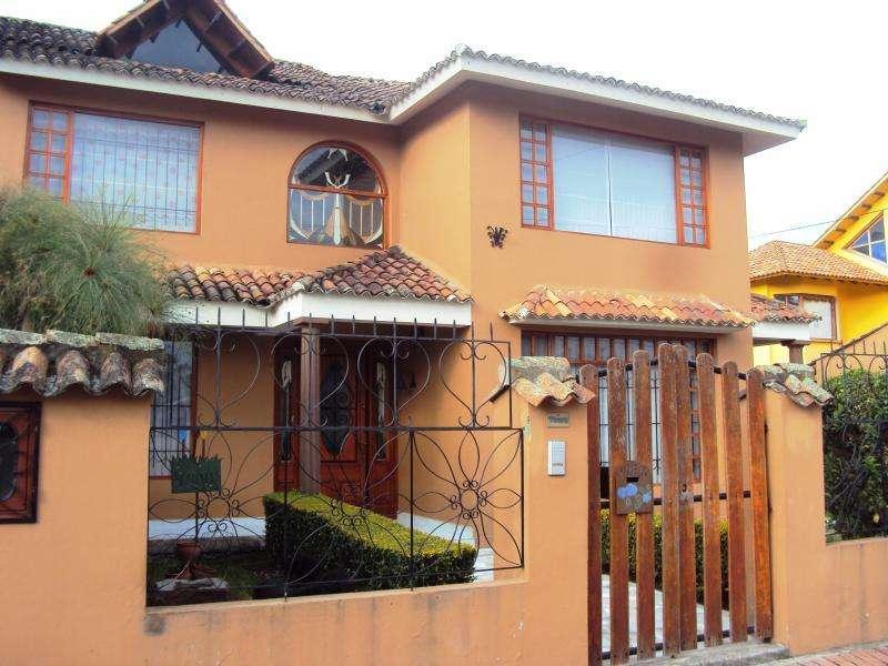 Casa En Venta En Tabio Los Andes Cod. VBRKS42147099