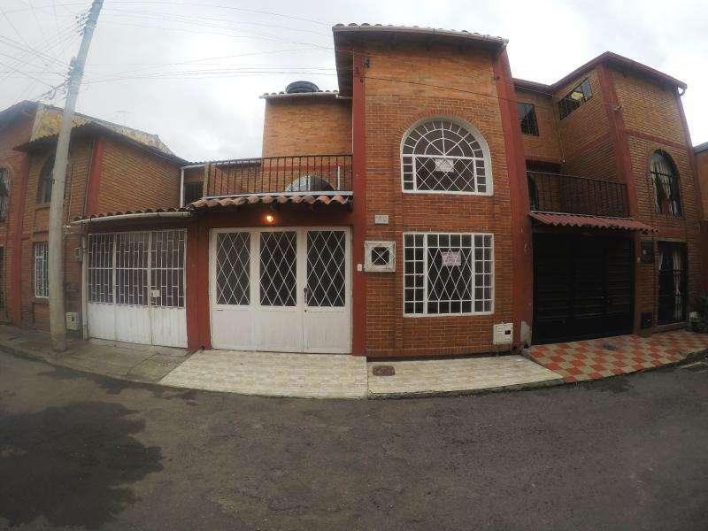 Casa En Venta En Funza Funza Tisquesusa Cod. VBSEI3370