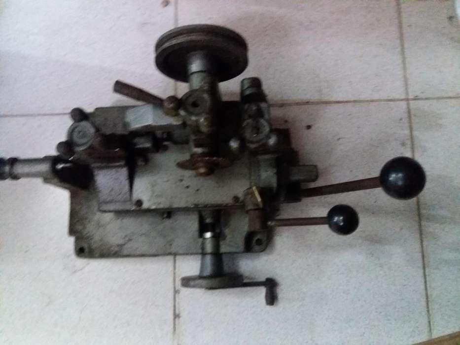 Máquina para Llave Doble Paleta