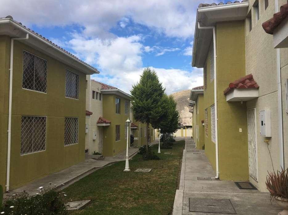 Vendo Casa Sector San Antonio de Pichinc