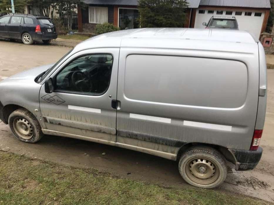 Peugeot Partner 2011 - 69000 km