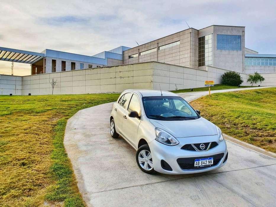 Nissan March 2017 - 40000 km