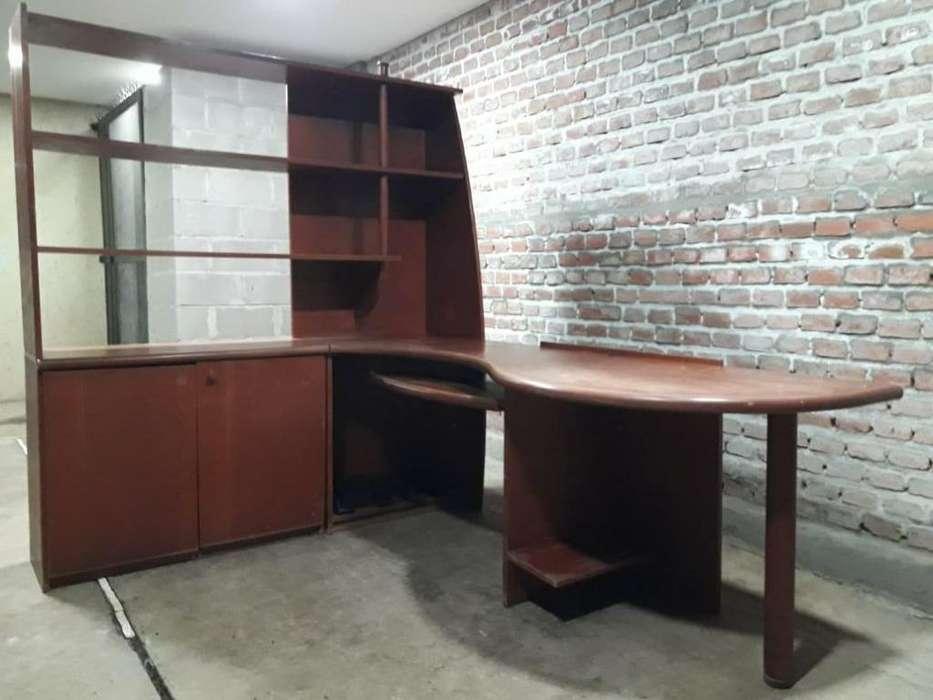Mueble de Oficina con Bibliteca