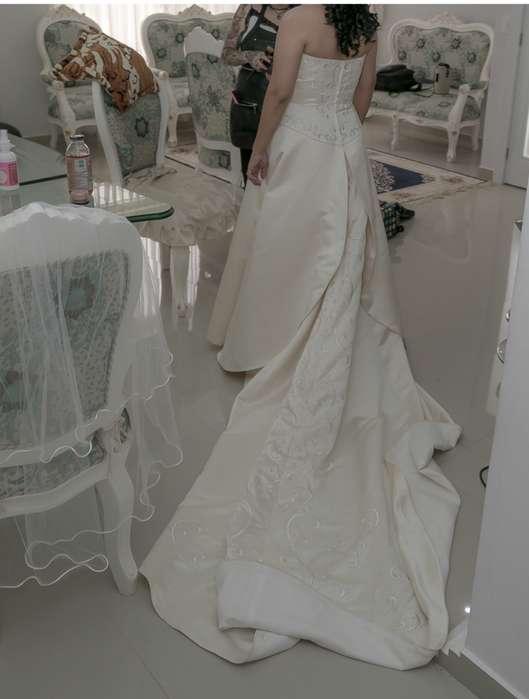 03ed551e5 Hermosa novia  Ropa y Calzado en venta en Pichincha