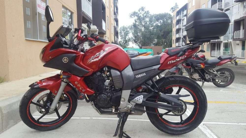 Vendo Motocicleta Fazer Modelo 2012